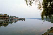 Picture of 昆明湖景 A view of the Kunming Lake