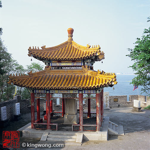 老龙头 - 亭 Laolongtou (Old Dragon Head) - Pavillion