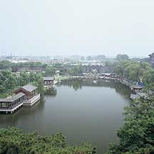 Picture of 山海关 - 湖,园 Shanhaiguan Pass - Lake and Park
