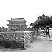 Picture of 山海关 - 城楼 Shanhaiguan Pass - Gate Tower