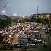 Picture of 吐鲁番 - 夜吃晚场 Tulufan (Turfan) - Outdoor food market